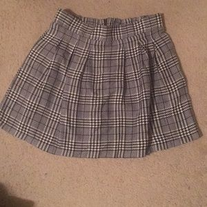 NWT Candie's Woven Skirt